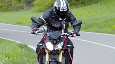 Motosprint  - The Test di Riccardo Piergentili: BMW S 1000 R