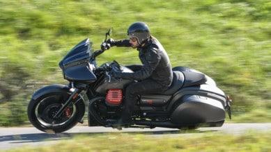 Moto Guzzi MGX-21: viaggiatrice coraggiosa