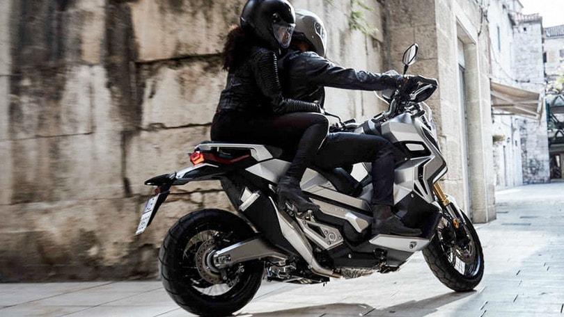 Honda X-ADV 750 navigatore compreso