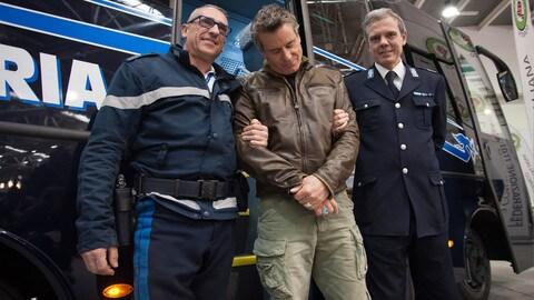 Jimmy Ghione in visita alla polizia penitenziaria