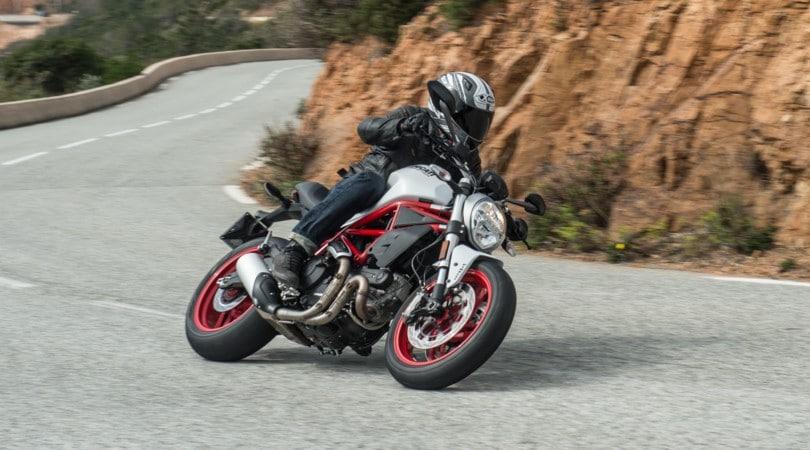 Ducati Monster 797: sale la media