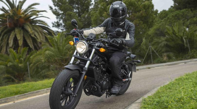 Honda CMX500 Rebel, ribelle ma non troppo