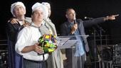 Carlo Conti batte all'asta un casco di Rossi