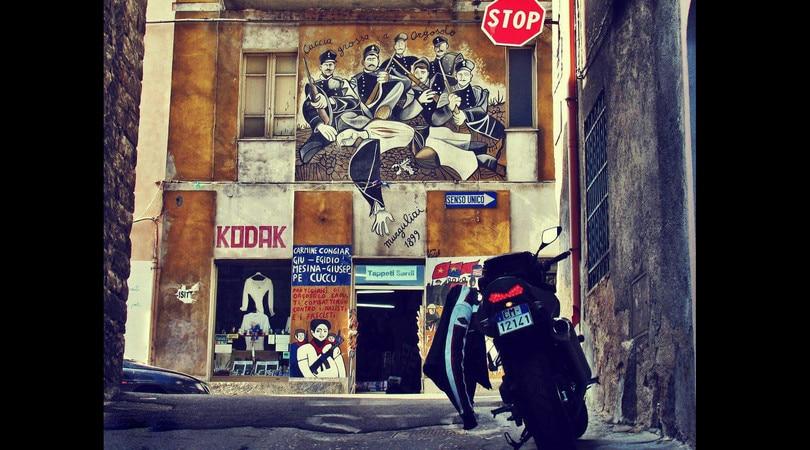 Quello in moto è un viaggio oltre il viaggio