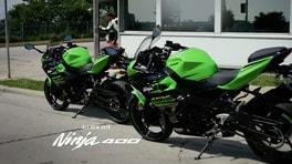 Nuova Kawasaki Ninja 400 in azione - VIDEO