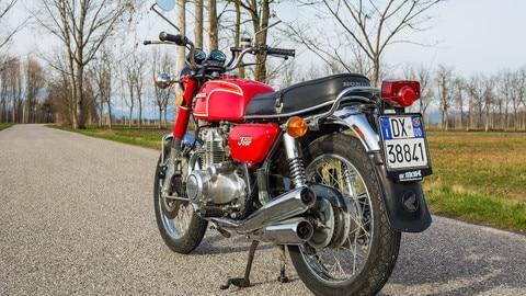 Honda CB 350 Four, piccola aristocratica - LE FOTO
