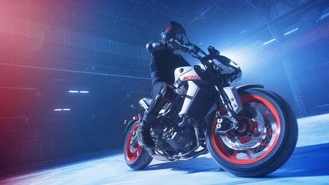 Yamaha MT Hyper Naked colorazione Fluo - LE FOTO