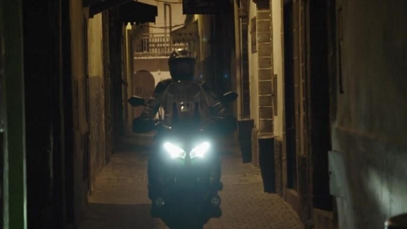 Kawasaki Versys 1000 MY 2019: l'avventura chiama