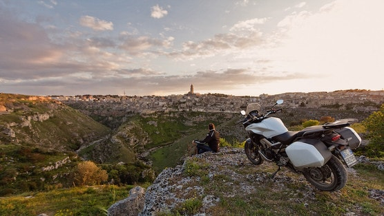 In moto da Aliano a Matera: una magia chiamata Lucania