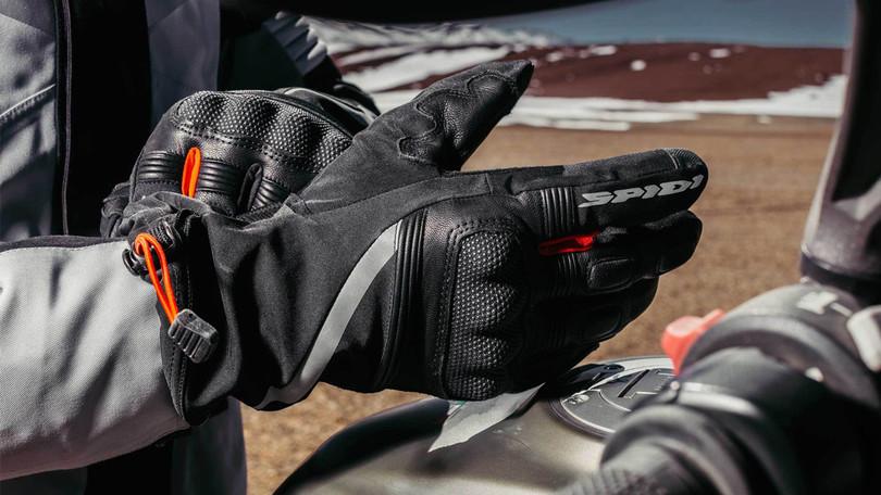 SpidiNK-6, i nuovi guanti per il mototurismo