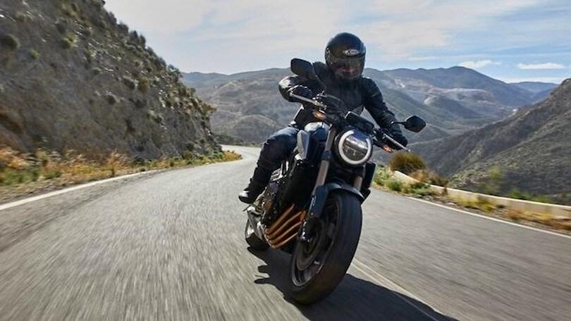 Honda CB650R, messa a nudo   VIDEO-TEST