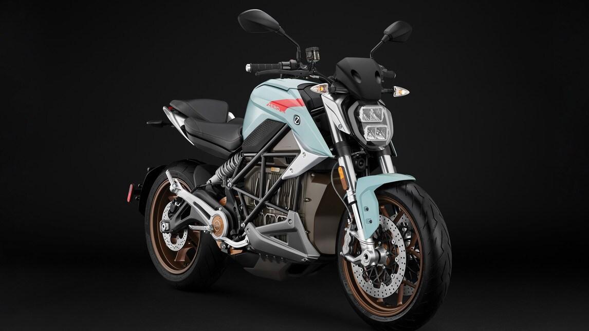 Prova Zero SR/S Moto elettrica a lungo raggio - Prove