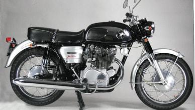 Honda CB 450 Twin, black bomber