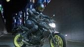 Come cambierà la Yamaha MT-07: nuovo faro e strumentazione TFT