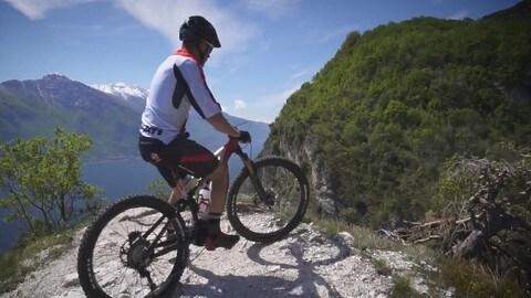 Troy Bayliss, giro sulla Ducati MIG-RR