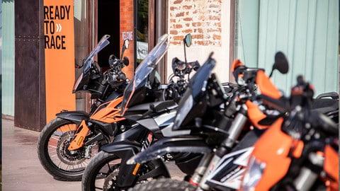 KTM Orange Juice: buona la prima LE FOTO