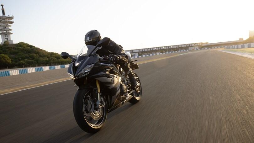 Triumph Daytona Moto2 765: FOTO