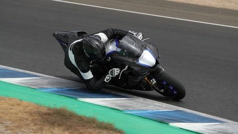 Yamaha YZF-R1, onboard a Jerez: VIDEO