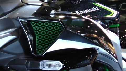 EICMA LIVE 2019 Kawasaki ZH2 VIDEO