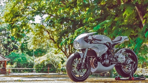 La Kawasaki ER6n secondo AMS Garage LE FOTO