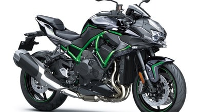 Kawasaki: la super naked ZH2 in passerella al Motor Bike Expo