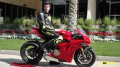 """Ducati Panigale V4S: in pista con la """"Rossa"""" a 4 cilindri VIDEO"""