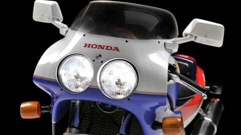 Rewind, Honda VFR750R (RC30): la perla del Sol Levante FOTO