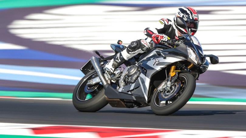 Prova Triumph Daytona Moto2 765 LE: la sportiva perfetta