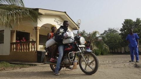 """""""In Moto con l'Africa"""" nel Trofeo Moto Guzzi - VIDEO"""