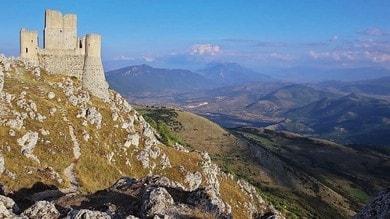 Il Castello di Rocca Calascio: meraviglia tra le montagne