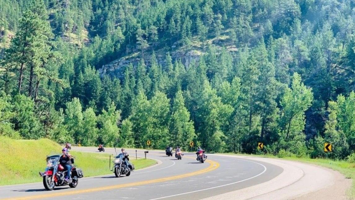 Sturgis Motorcycle Rally, crescono i contagi: test di massa sui residenti
