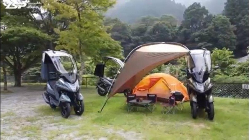 Yamaha Tricity 155 Shooting Break, lo scooter con tenda incorporata