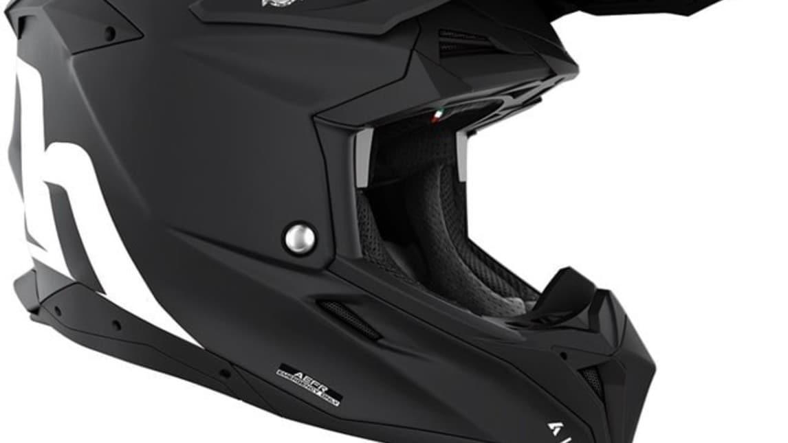 Airoh Aviator 3, il casco motocross di Cairoli si aggiorna