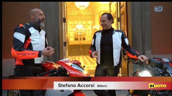 Tra Bologna e Firenze con Stefano Accorsi e le MV Agusta VIDEO