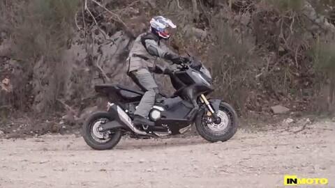 Video-prova Honda X-ADV 2021