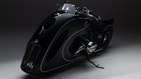"BMW R18 ""Spirit of Passion"" by Kingston Custom"