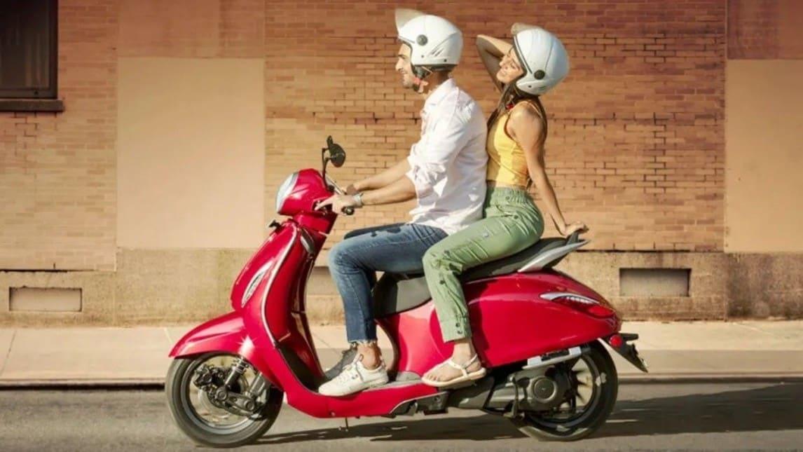 Bajaj Chetak, lo scooter elettrico ci riprova nel 2021