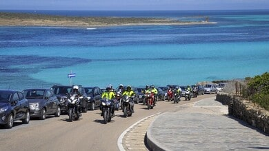 """On the road, on the beach"": il raid in Sardegna con In Moto"
