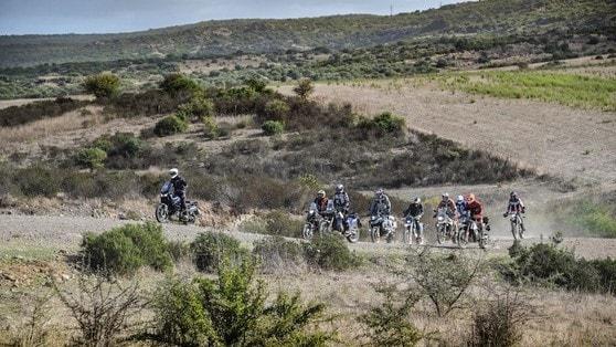Ride On-Off Maxienduro: in Sardegna con InMoto e Tom42