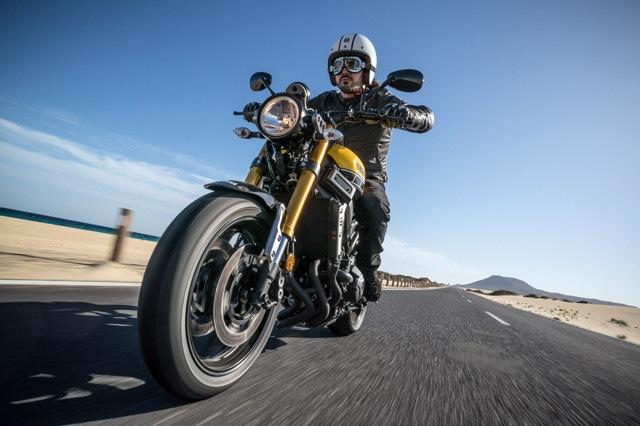 Yamaha XSR 900: il test
