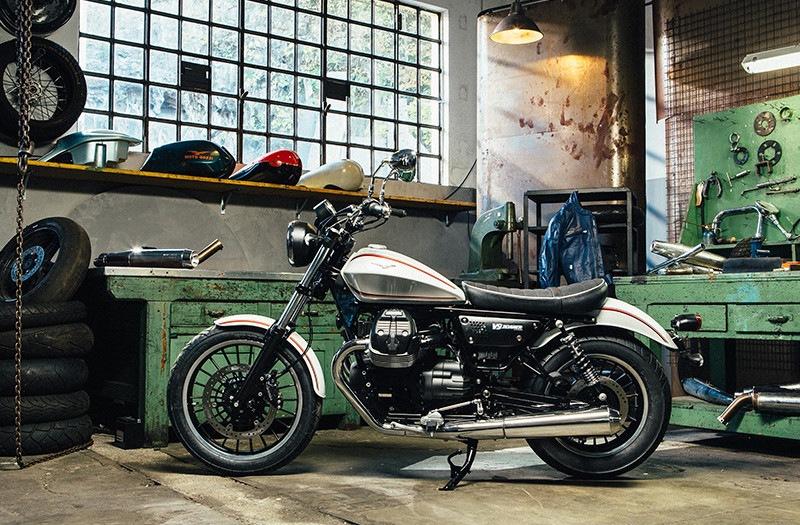 Moto Guzzi Garage Days, le V9 sono in vetrina