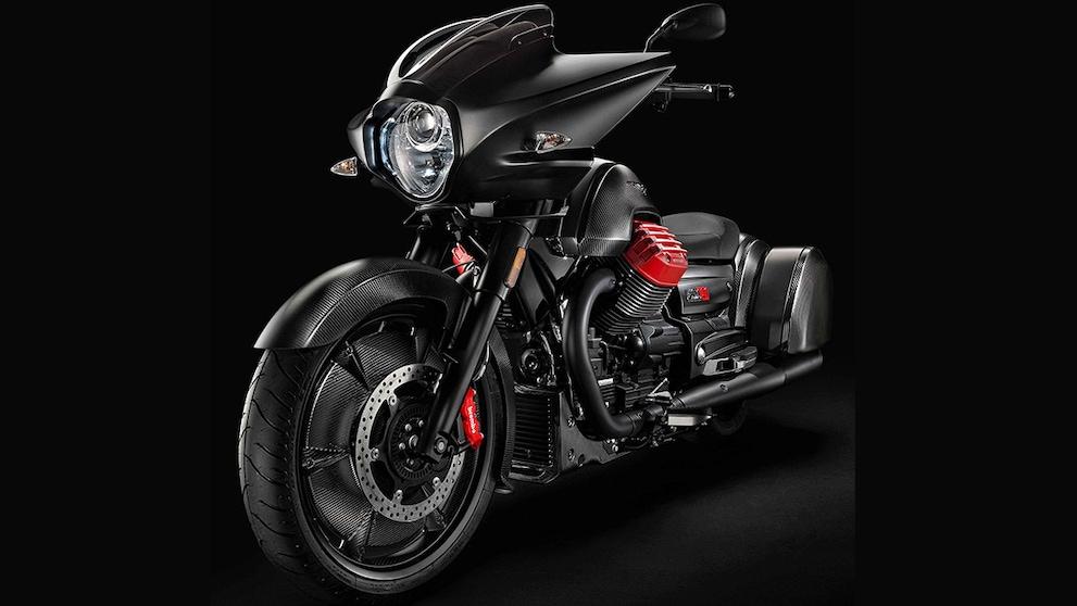 Moto Guzzi: arriva la MGX-21