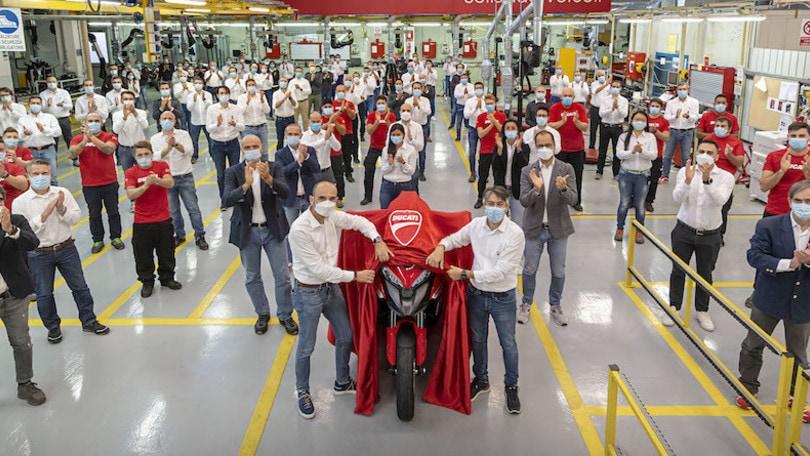 Ducati presenta le novità 2021 con una web serie di cinque puntate