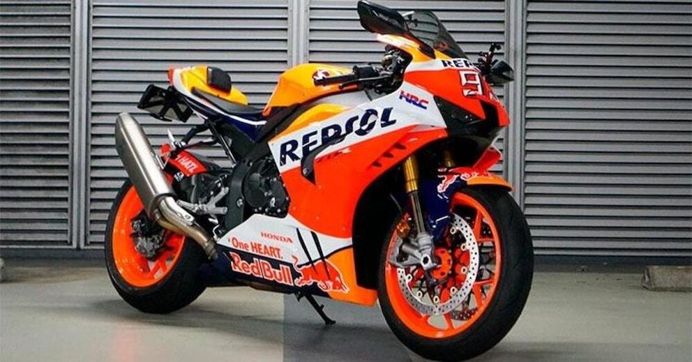 "Honda Fireblade, una Repsol Replica ""self made"""