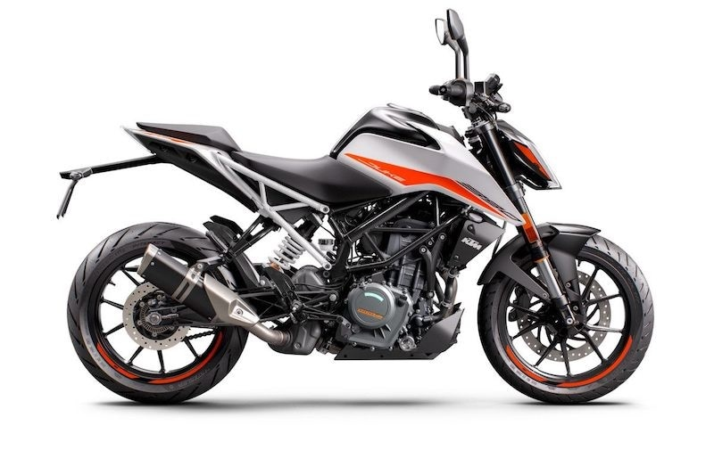 KTM 390 Duke 2021:  prestazioni dovunque