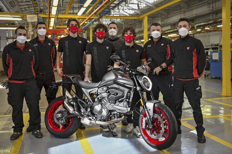 Ducati Monster, produzione al via con i piloti MotoGP