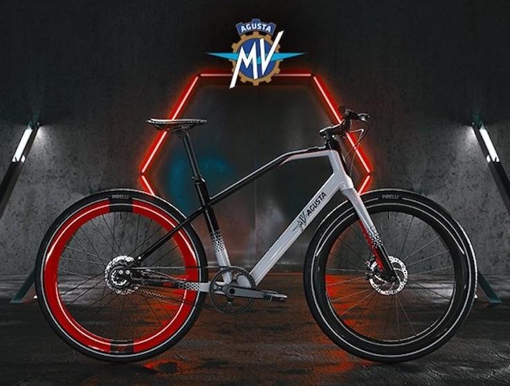 MV Agusta, prezzi e consegne per le e-bike AMO RR e AMO RC